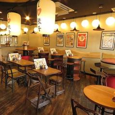 テーブル席は2名様から最大10名様までご案内可能!デートや家族での御食事、会社の宴会まで様々な用途でお使いいただけます!