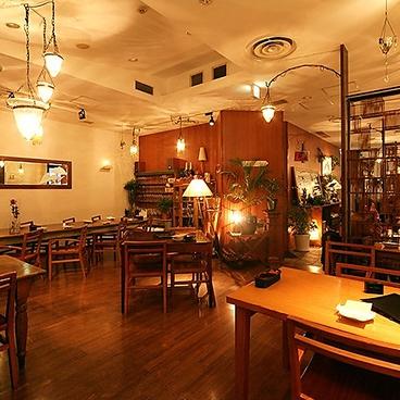 フラミンゴカフェ グラッセリア Flamingo Cafe GLASSAREA 青山店の雰囲気1