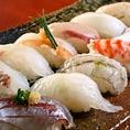 海鮮 握り寿司 大屋総本店ではお寿司もご用意しております 白身魚を中心とした握り寿司をおすすめしており、お食事やおつまみとしてご利用できます