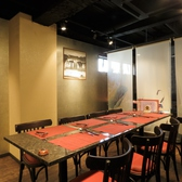 綺麗にセッティングされたテーブル席は他のお店には無いおしゃれ感と上品さが引き立ちます。中華を食べに来たとは感じさせない店内でゆっくりお楽しみください!