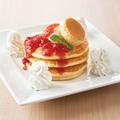 料理メニュー写真元祖横浜パンケーキ(ストロベリー)