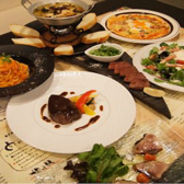 軽いおつまみメニューからお肉メイン料理と品揃え豊富にお待ちしております♪♪