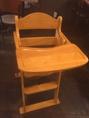 お子様椅子二脚完備しております。お子様連れのお客様も安心してお食事して頂けます♪