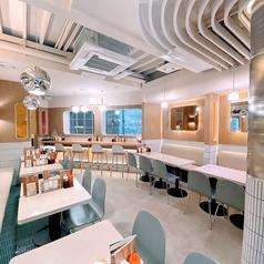 健食美麺 PHO BROTHERS フォーブラザーズ 新大久保店の雰囲気1
