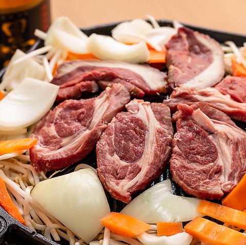 【2名〜OK!】熟成ラム肉!ジンギスカンともつ鍋のお手軽コース120分飲み放題付 4900円