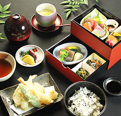 炉端居酒屋 遊食房屋 四国中央店のおすすめ料理1