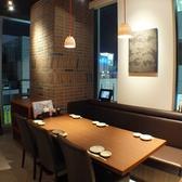 6名様用テーブル席【新宿でお食事処、宴会を実施するお店をお探しなら北海道へ】