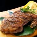 料理メニュー写真マグロ ほほ肉のステーキ