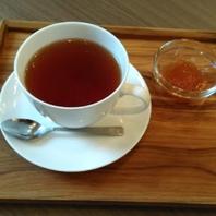 茶葉から淹れる香り豊かな紅茶をご堪能ください♪