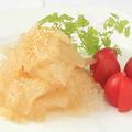料理メニュー写真こりこりクラゲの冷菜・黒酢和え