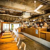 肉バル&カフェ アンドアイランド &ISLAND 北浜の雰囲気3