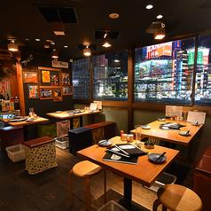 思い出酒場 えんなすび 新宿 西口店の雰囲気1