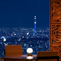 東京のランドマークを一度に望む夜景空間