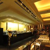 【カウンター】しっとり乾杯!カウンター席。1名様~最大10名様迄。パーティ時はこちらでブッフェをお楽しみいただけます。