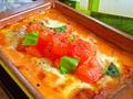 料理メニュー写真トマトとバジルソースのラザニア