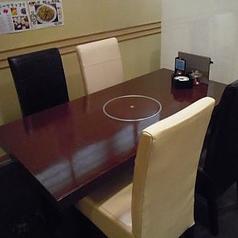 4名様のテーブル席です。繋げて8名様でもご利用できます。