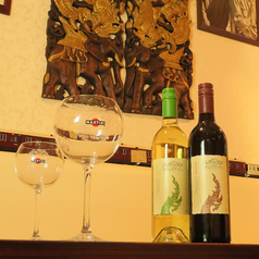 デートや女子会にもぜひ♪お料理と共にお酒も様々なものをご用意しております!