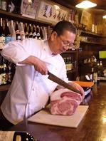 全国から『肉通』が通い詰める、肉の名店。