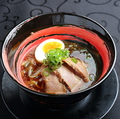 料理メニュー写真豚骨醤油麺