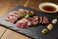 料理メニュー写真グラスフェッドビーフステーキ ハラミ120g