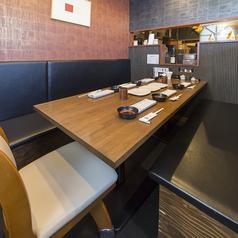 最大9名様でご利用可能なテーブル席がございます♪ご家族や、小宴会にオススメです。