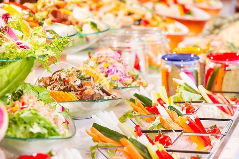 野辺山高原の契約農家から直接仕入の新鮮な野菜をふんだんに使ったヘルシー料理。