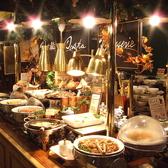 明るく広い店内は、ご家族、ご友人とのお食事にぴったり♪くつろげるソファー席をご用意いたしました!!お食事をお楽しみください♪