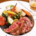 料理メニュー写真夏野菜と熟成和牛の日本酒ソース~わさびを添えて~