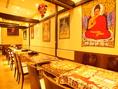 インドを感じるお洒落でかわいい店内。