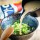 〆の一品はこれで決まり。麦味噌に、香り高い煎り胡麻といりこ、豆腐を混ぜて独自の出汁調合で練り上げ、じっくりと炭火で焼くことで香ばしさを引き出しています。たっぷりの栄養素がぎゅっと詰まった宮崎名物の郷土料理です!