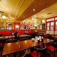 少人数の食事会や女子会などに♪店内は明るく、居心地の良い空間です!