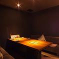 【2F】10名様VIP個室店内最奥にある個室です。誰からの目も気にせず食事を楽しんで頂けます。