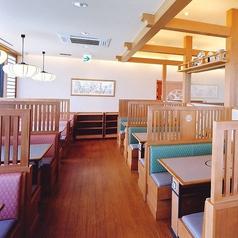 テーブル席は29卓ございます。ご家族、ご友人とのお食事はもちろん、各種ご宴会もぜひ『かごの屋』をご利用下さい。※店舗により部屋の配置・席数が異なる場合がございます