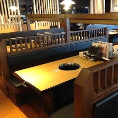 焼肉きんぐ 京都桂店の雰囲気2