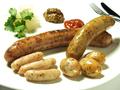 料理メニュー写真ソーセージ4種盛り合わせ