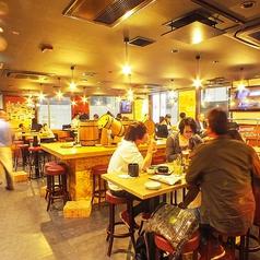 肉酒場 エコヒイキ 池袋西口店の雰囲気1