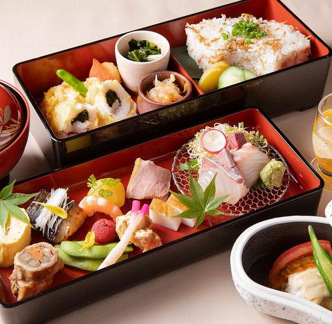 【鯉城二段重】いろいろ8種の口どり、造り2種、季節の天ぷらなど