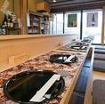 《記念日・デートに】鴨川を眺めることができる落ち着いた雰囲気のカウンター席がオススメ。