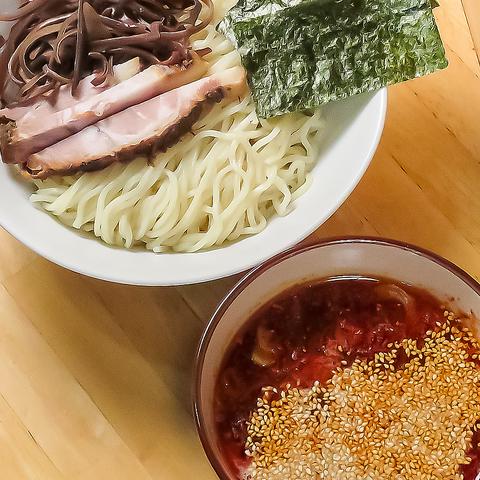 千葉県鎌ケ谷にて本格『とんこつラーメン』と『つけ麺』が食べれる店!!駐車場有!