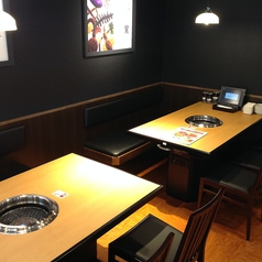 焼肉きんぐ 京都桂店の雰囲気3
