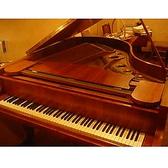 毎月第2、第4土曜日の18時~22時は『ピアノの日』。ベヒシュタインの響きをみんなで愉しみましょう。ベヒシュタインのグランドピアノを弾いてみたい方、発表会前の練習をされる方、ただただピアノの音を聴きたい方。参加は自由で予約も申し込みもいりません。料金は1オーダープラス300円(ピアノメンテナンス用)。