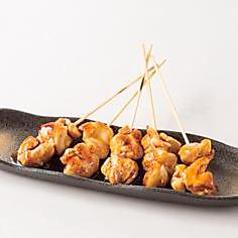 料理メニュー写真鶏もも串【塩/タレ】 ひとくちサイズ各5本