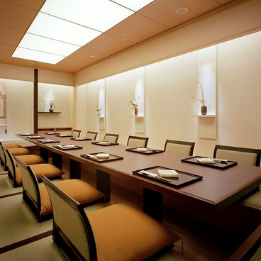 銀座で和食むらき コートヤード・マリオット 銀座東武ホテルの雰囲気1