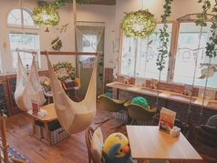 Chiko's Cafe インコが暮らす紅茶のカフェの写真