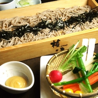 厳選した食材で作る伝統和食と自家製手打ちそば☆