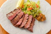 コースの料理は季節ごとに内容を変更!旬の味をお楽しみ頂けます!また四季彩で仙台名物を満足ゆくまでお召し上がり頂けます!仙台名物の牛タンや金華サバ、三陸牡蠣フライなど多数ご用意しております!