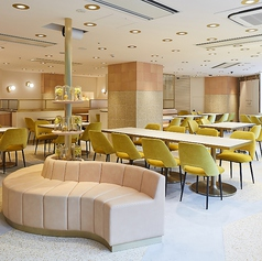 L'OCCITANE Cafe by PIERRE HERME ロクシタン カフェ バイ ピエール エルメの写真