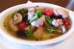 料理メニュー写真【大人気!!】生唐辛子を使ったタコのアーリオオーリオ