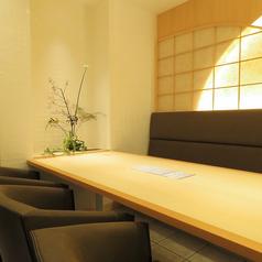 店内奥に位置するテーブル席は12名様迄の貸切OK!!