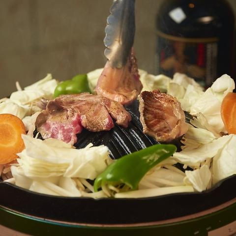 絶品ジンギスカンの老舗名店☆臭みがなく、柔らかいラム肉を炭火で堪能できます!